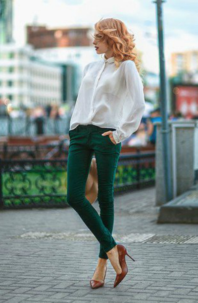 white-blouse-outfit-with-green-jeans1
