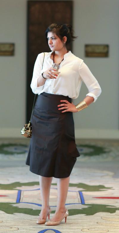 white-oversize-shirt-fashion