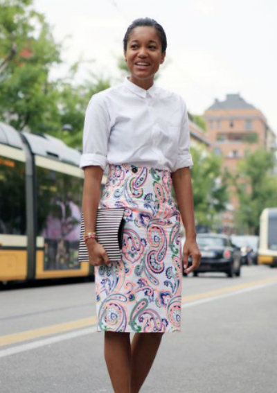 work-outfit-idea-white-blouse-patterned-pencil-skirt-h724