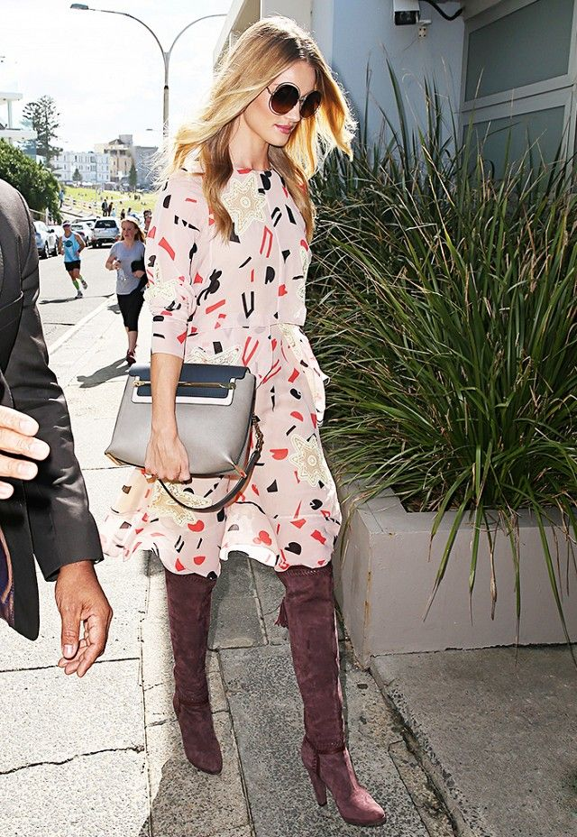 Rosie-Huntington-Whiteley-Goes-Boho-in-a-Floral-Dress-and-Tall-Brown-Boots