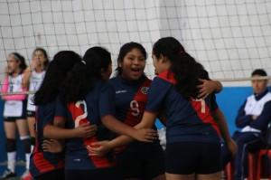 Equipo oficial de vóley que juega en la liga de San Borja.