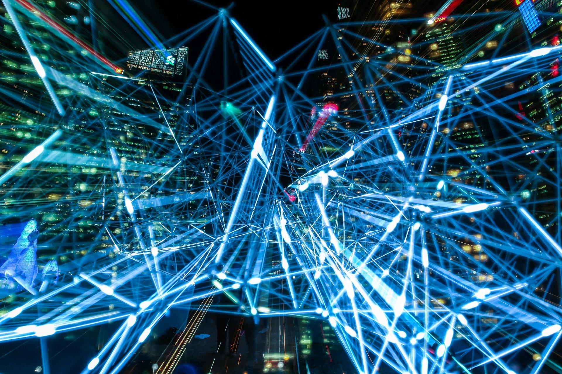 Usos y aplicaciones de la nube y la inteligencia artificial en tu negocio.
