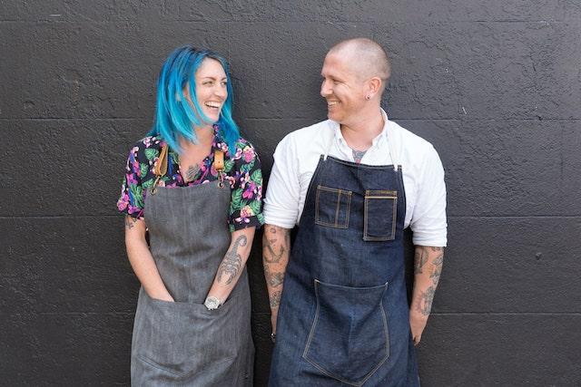 Iain y Kelsey, fundadores de Trush Tiki