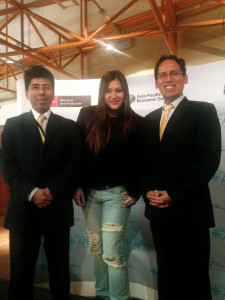 Con Ángel Hurtado, de Produce, y Rina Neoh, inversionista ángel de Singapur, en el marco del Startup APEC.