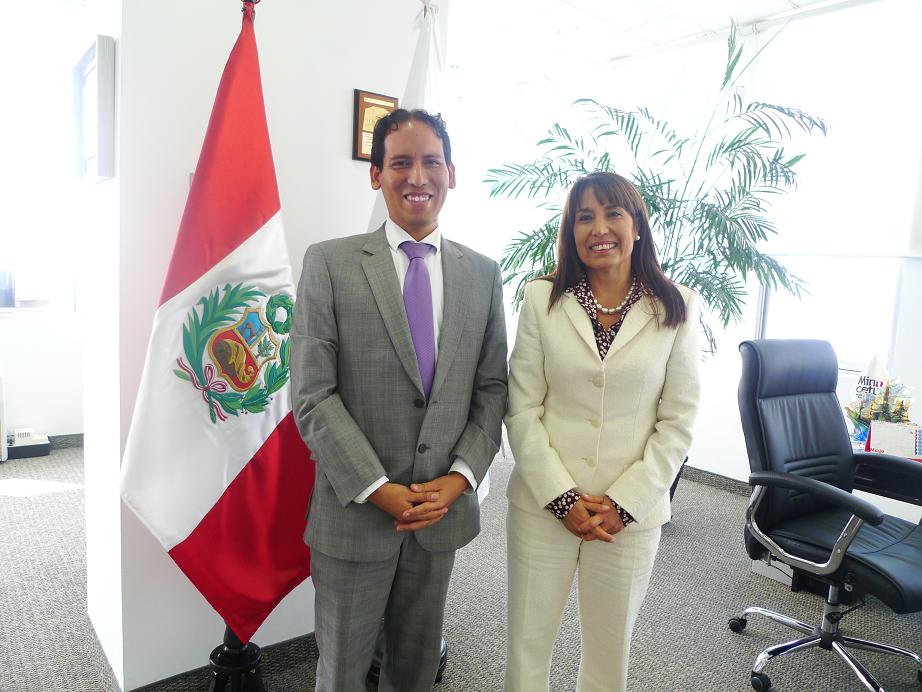 Con la Ministra Magali Silva, impulsora del emprendimiento e Innovación en el Perú.