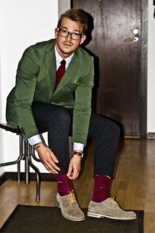 longsleeve-shirt-tie-blazer-jeans-socks-derby-shoes-original-4377