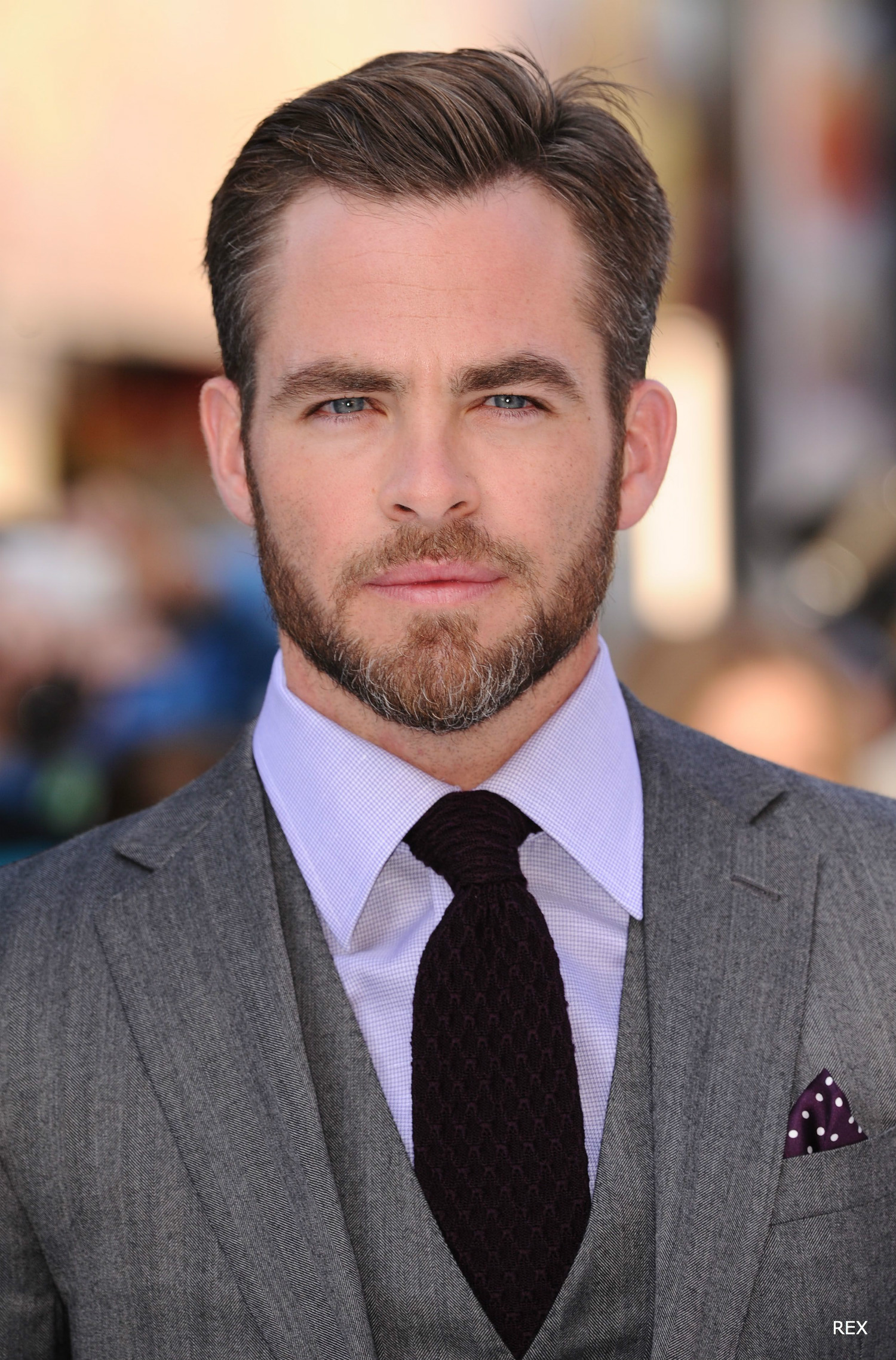 hairstyles-for-men-2016-chris-pine-hair-beard