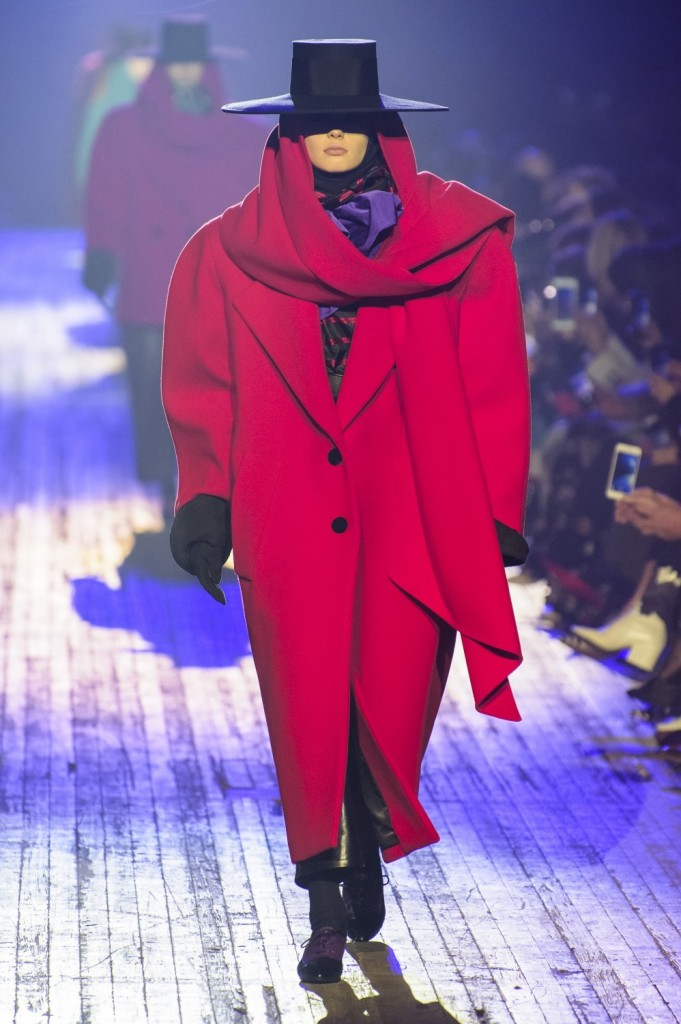 Marc-Jacobs-Fall-Winter-2018-10