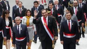 noticia-vizcarra-llega-congreso.png